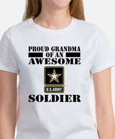 Proud U.S. Army Grandma Women's T-Shirt