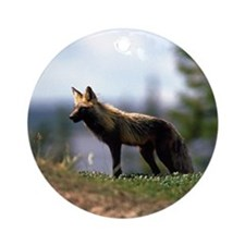 Cross Fox Ornament (Round)