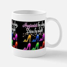 FOXY HYGIENIST Small Small Mug