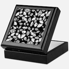 3D diamonds on black Keepsake Box