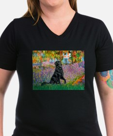 Flat Coated Retriever 2 - Garden.png Shirt