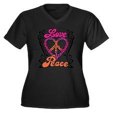 LOVE PEACE Heart Design Plus Size T-Shirt