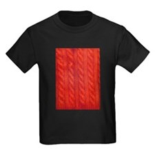 Wool cables in orange T-Shirt