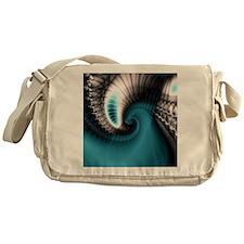 Symbiote xl Messenger Bag
