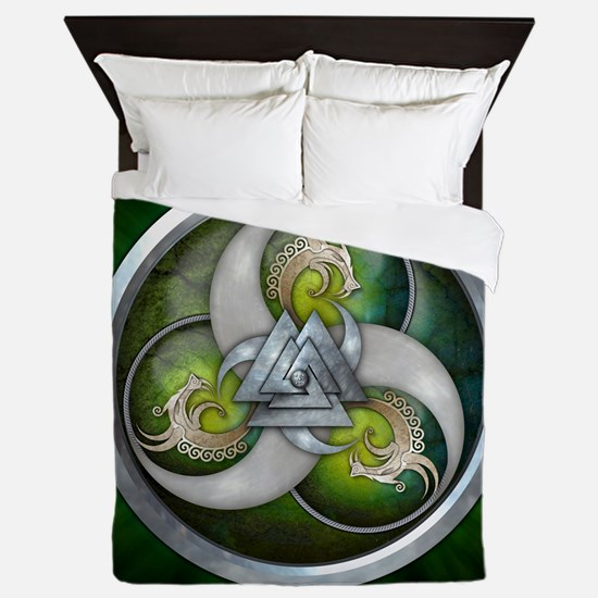 Norse Dragons With Valknut - Green Queen Duvet