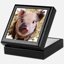 Sweet piglet,white mask Keepsake Box