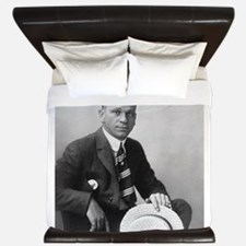 wallace beery King Duvet