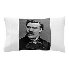friedrich nietzsche Pillow Case