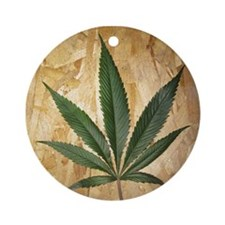 Kush Leaf Ornament (Round)