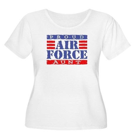 Proud Air Force Aunt Women's Plus Size Scoop Neck