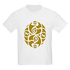 Celtic Oval Gold Design T-Shirt