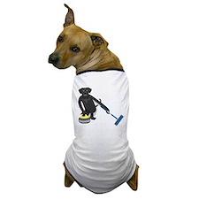 Black Lab Curling Dog T-Shirt