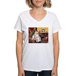 Santa's Eskimo Spitz Women's V-Neck T-Shirt