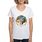 XmasMagic/Beardie #16 Women's V-Neck T-Shirt