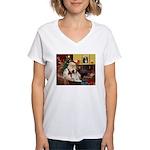 Santa & His Brittany Women's V-Neck T-Shirt