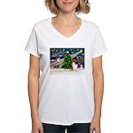 Xmas Magic & Collie Women's V-Neck T-Shirt