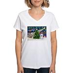 XmasMagic/ Coton Women's V-Neck T-Shirt