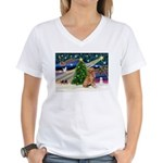 XmasMagic/ Golden Women's V-Neck T-Shirt