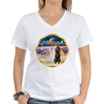 XmasMagic/2 Std Poodles Women's V-Neck T-Shirt