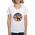 XmasStar/Schnauzer G Women's V-Neck T-Shirt