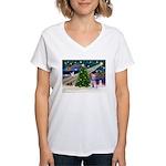 XmasMagic/Min Schnauzer Women's V-Neck T-Shirt