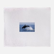 killer whale Throw Blanket