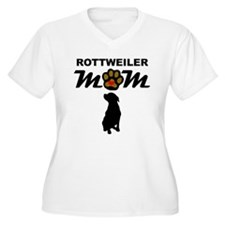Rottweiler Mom Plus Size T-Shirt
