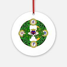 Poly Claddagh Brooch Ornament (Round)