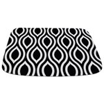 Ogee Retro Black and white Bathmat