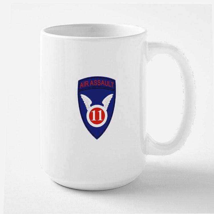 11th Air Assault Div Mugs