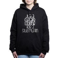 cupcake looking Women's Hooded Sweatshirt