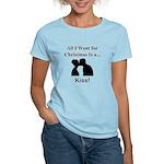 Christmas Kiss Women's Light T-Shirt