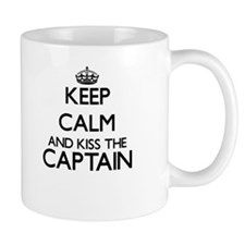 Keep calm and kiss the Captain Mugs