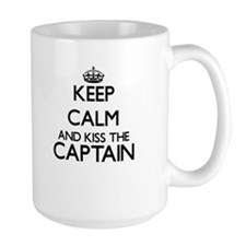 Keep calm and kiss the Captain Mugs