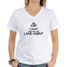 Keep calm and kiss the Land Agent T-Shirt