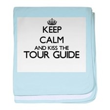 Keep calm and kiss the Tour Guide baby blanket