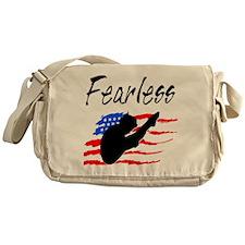 FEARLESS DIVER Messenger Bag