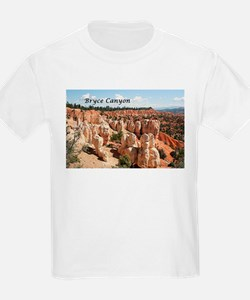 Bryce Canyon, Utah, USA 8 (caption) T-Shirt