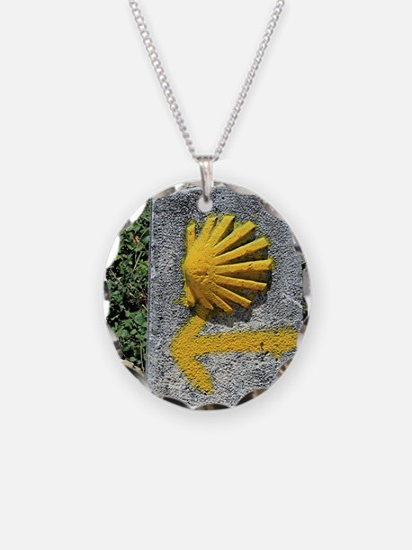 El Camino de Santiago de Com Necklace Circle Charm