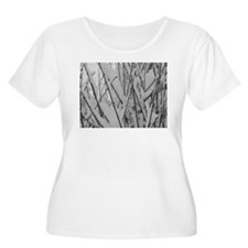 snowy Branches Plus Size T-Shirt