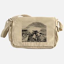 iwo jima Messenger Bag