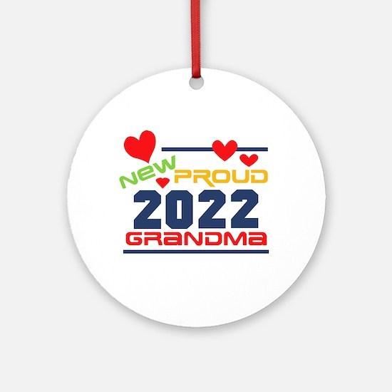 2017 Proud New Grandma Round Ornament