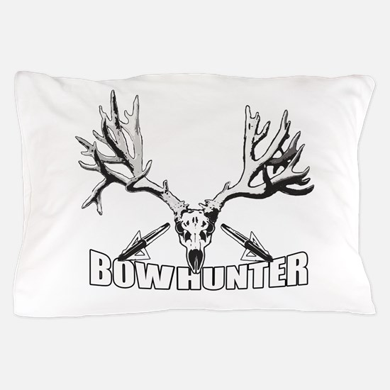 Bowhunter buck 14 Pillow Case