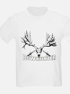 Bowhunter buck 14 T-Shirt