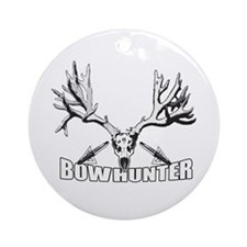 Bowhunter buck 14 Ornament (Round)