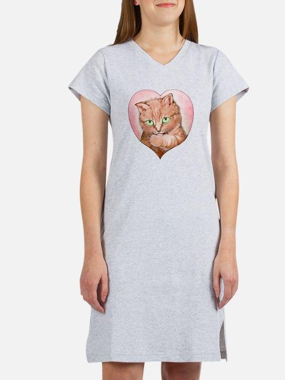 Cute Greeneyes Women's Nightshirt