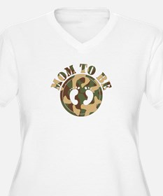 Mom to Be (Camo) Plus Size T-Shirt