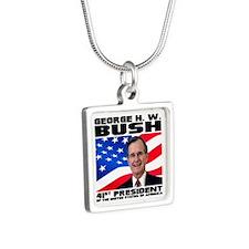 41 Bush Silver Square Necklace