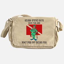 scuba67.png Messenger Bag