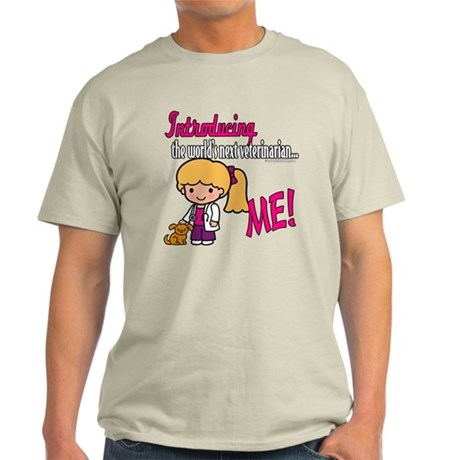 Future Veterinarian Light T-Shirt